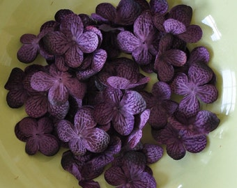 Silk Flowers - Artificial Flowers - 40 Hydrangea Flower Petals - Purple - DIY Headbands