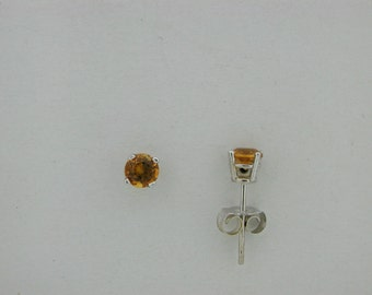 Genuine Citrine Stud Earring 14kt White Gold