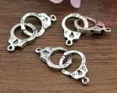 20pcs-- Handcuffs Charms Antique Tibetan Silver Tone 3D Handcuffs pendants/charms,handcuffs connector  29x12mm