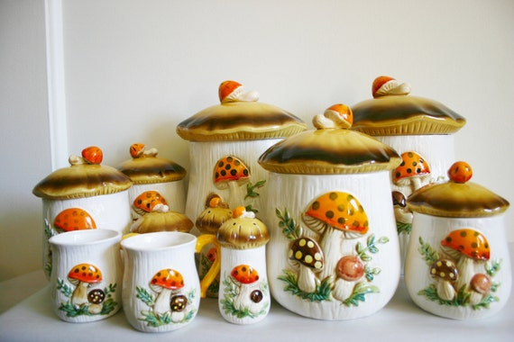 Vintage 1976 sears roebuck co merry mushroom retro kitchen canister 18