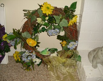 Hangable Spring wreath with floral design
