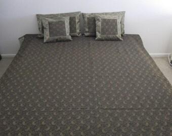 brokat kissen etsy. Black Bedroom Furniture Sets. Home Design Ideas