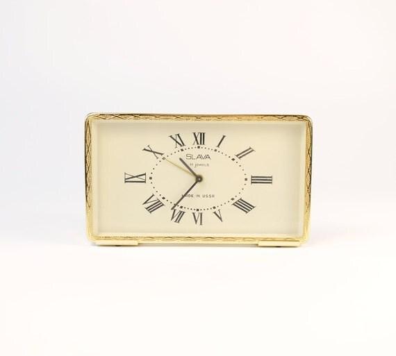vintage r veil m canique urss slava horloge horloge ancienne. Black Bedroom Furniture Sets. Home Design Ideas