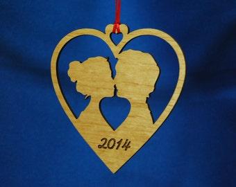 Personalized Wedding Ornament - Kissing (HOV-201P)