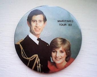 Charles & Diana 1983 Pin Souvenier