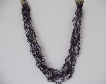 Hazy Ladder Trellis Yarn Necklace