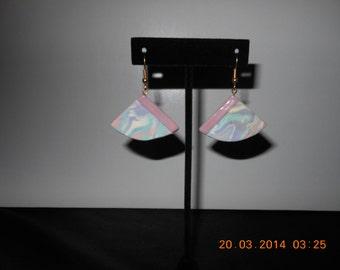 one pair triangle shape ceramic earrings