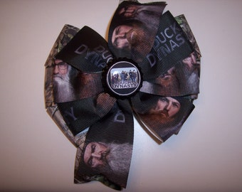 Duck Dynasty Bottle Cap Hair Bow