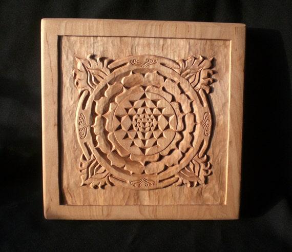 heilige geometrie sri yantra schnitzen holz kunst. Black Bedroom Furniture Sets. Home Design Ideas