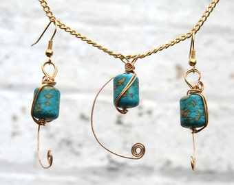 Turquoise Howlite gold plated necklace pendant and earing set