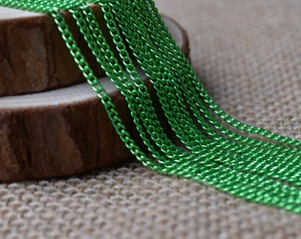 16ft of 2.7x2mm Oval Link Green Cable Chain,Iron Small Cross Chain,Green Small Chains,Small Twisted Chains-Unsoldered,Nickel and Lead Free