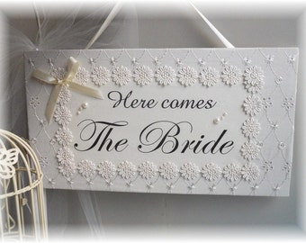 "Vintage Style Shabby Chic Wedding Sign ""Here Comes the Bride"", Flower Girl sign/plaque"
