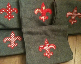 Fleece Scarf with Fleur de Lis Applique