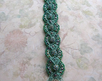 Micro-Macrame Baroque Bracelet Tutorial, Macrame Bracelet How-to