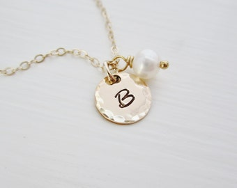 Gold initial necklace, pearl necklace, gold initial charm, gold charm necklace with freshwater pearl, personalized gold letter necklace