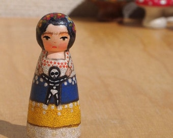 """Tiny Muse Frida Doll Wooden 2"""" inches Tall skeleton"""