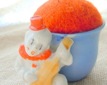 Vintage Clown Playing Ukelele Pin Cushion Japan
