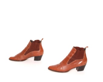 size 6.5 CHELSEA tan leather 80s 90s WESTERN pull on ankle boots