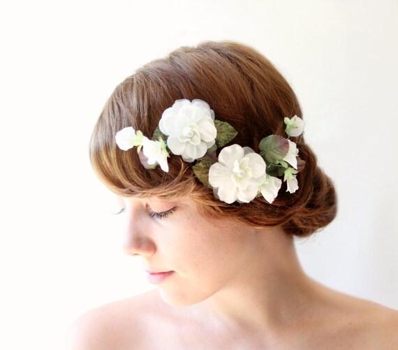 Bridal flower clips, Vintage floral hair clip set, Ivory wedding headpiece