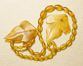 REDUCED Vintage Yellow Agate Rustic Leaves & 1920's Glass Bead Necklace Jewelry  Supplies (Lot 3) Bold Statement Jewelry FREE UK Shipping