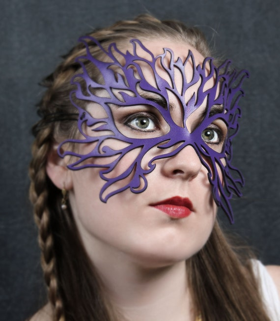 Flame Leather mask in purple