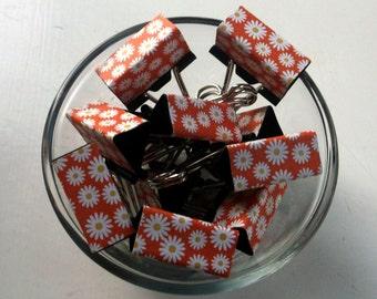 "Binder Clips - ""Tangerine Daisy"" 12 medium binder clips"