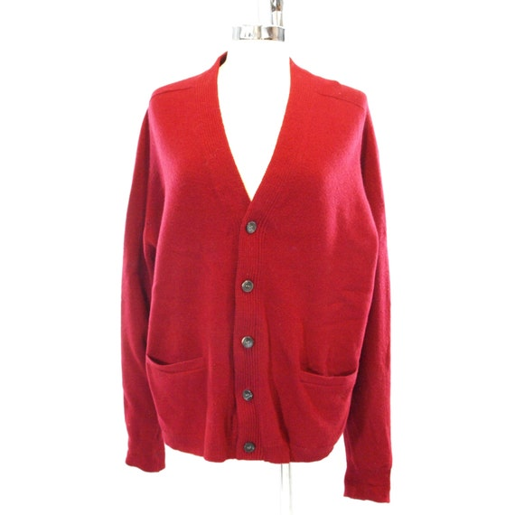 ALAN PAINE SWEATER. 1960s  Vintage Cardigan Sweater. Red Lambswool Sweater.  Size 44.