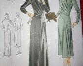 Vogue Vintage Model 1947 Design Dress in 2 Lengths