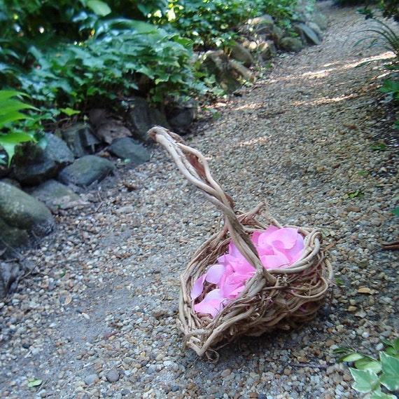 Honeysuckle Flower Girl Basket, Earthy Basket, Natural Vine Honeysuckle, VE
