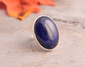 Lapis lazuli ring - Deep blue ring - Lapis ring - Oval ring - Bezel ring - Gemstone ring - Artisan ring - Gift for her