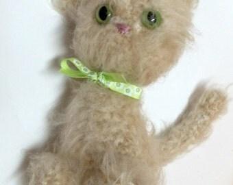 Crochet Amigurumi Cat - Beige Tabby Cat