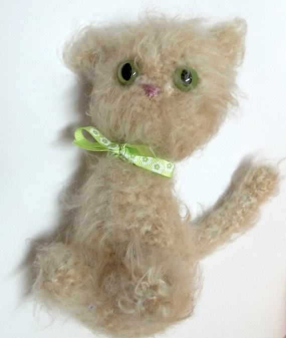 Amigurumi Tabby Cat : Items similar to Crochet Amigurumi Cat - Beige Tabby Cat ...