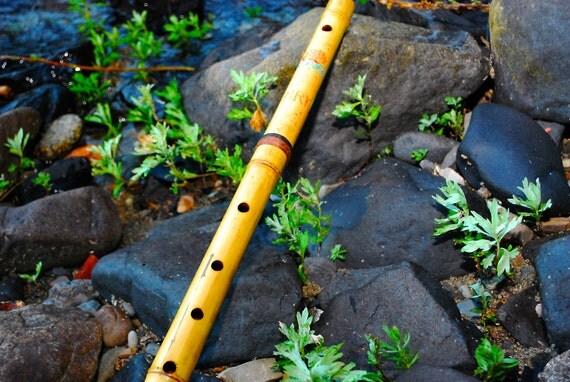 25 Inch Lotus Flower NMRK Gold Bamboo Flute