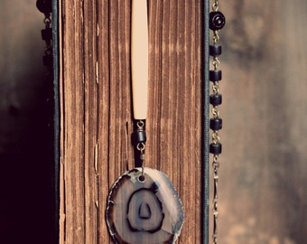 Owl Eyes. Genuine Agate Slice, Recycled Black Glass and Vintage Bone Necklace.