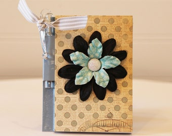 Chic Vintage Blue Mini Notebook