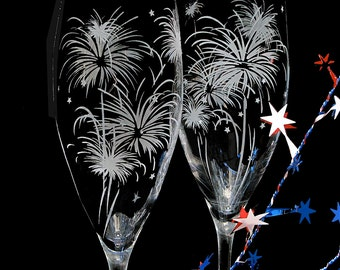 2 Fireworks Wedding Champagne Flutes, 4th of July Wedding, Personalized Toasting Flutes