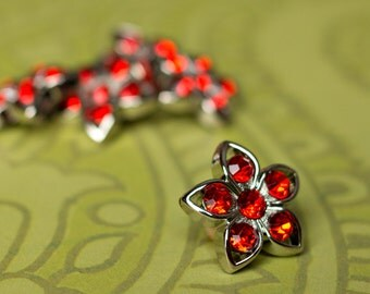 5 Rhinestone Buttons - Red Star Buttons - Kendall Button - 25mm - Plastic Buttons - Acrylic Buttons