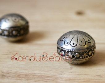 Morocan Silver Prayer Bead, 20x25mm saucer shape handmade