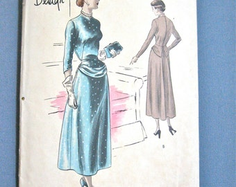Vintage 1940s Vogue Special Design S-4901 OnePiece Dress Sewing Pattern  Bust 32 inches