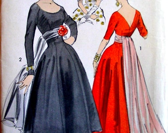 1950s  Advance Pattern 8265 - ELEGANT Empire Evening Ball Gown with Floating Panel and Capelet - Size 18