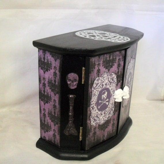 Gothic home decor gothic cabinet skull decor for Skull home decor