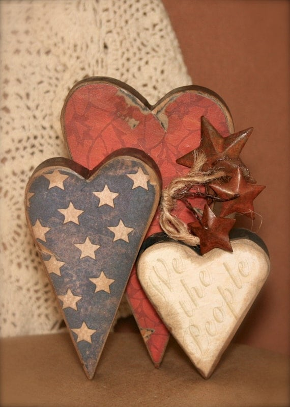 Americana heart decor wooden shelf sitter we the people for Wooden heart wall decor
