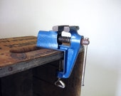 clamp-on bench vise - small