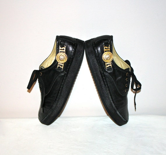 Vintage Gianni Versace Sneakers Black Leather Medusa Head