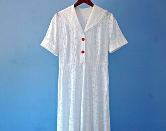 White Eyelet Dress 1950s White Cotton Tea Length Shirt Dress Vintage 50s Shirtwaist Swing Day Dress Floral Cutout Shawl Collar Small Medium