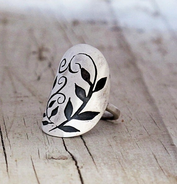 Spoon Ring Eco Friendly Silver Recycled spoon 1924 whole Sterling Spoon Ring Leaf Filigree cut out pierced armor Spoon Ring HelenSilverSmit