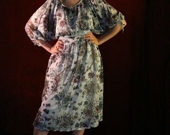 Vintage 70s Floral Dress, Boho Peasant