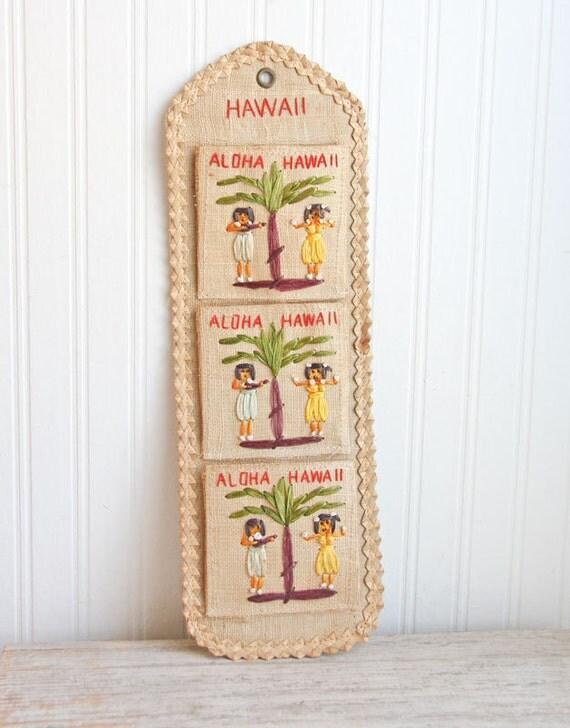 Vintage Hawaiian Decor 26