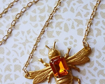Medium Brass Bee Necklace with Vintage 1950s Topaz Jewel on Back // Gold Plated Chain Insect Crystal Gem Whimsy Alice Retro Citrine Sweet