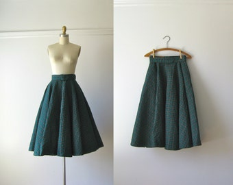 vintage 1950s skirt / plaid circle skirt